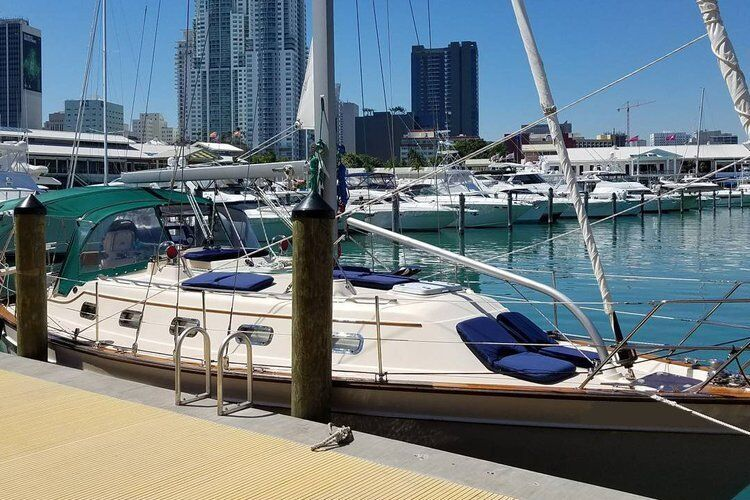 miami boat dock for rent