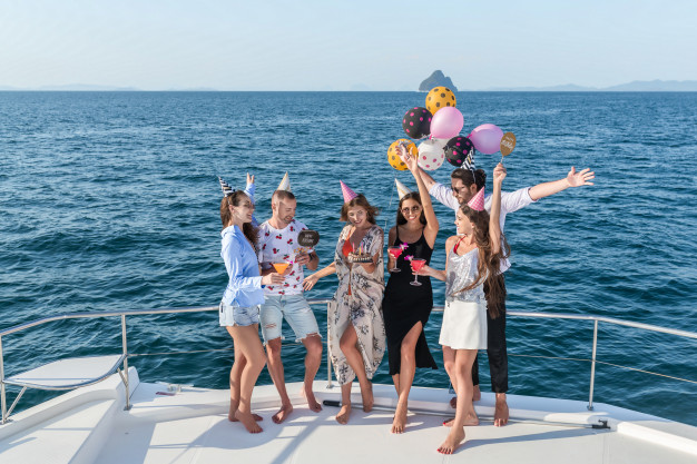 rent a yacht for birthday party miami